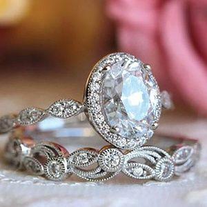 HOSTPIC💋Vintage Art Deco Halo Silver Ring Set